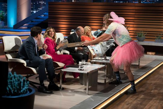 Are they better than plastic bags? A 'Shark Tank' shower-modesty product faces the test on ABC's reality show.