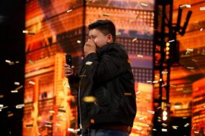 America's Got Talent Hands Out Final Season 14 Golden Buzzer